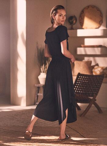 Combinaison à fentes, Noir,  combinaison, épaules dénudées, encolure bardot, manches courtes, asymétrie, jambe large, ceinture, fentes, jersey, printemps été 2021