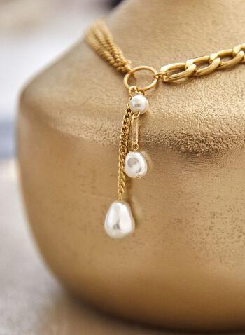 Collier à chaînes et pendentifs perles, Blanc cassé,  accessoires, bijoux, collier, multiples chaînes, grosseurs variées, anneau, 3 pendentifs, perle, couleur dorée, automne hiver 2021