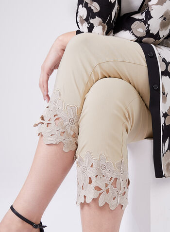 Embroidered Trim Pull-On Capris, Off White, hi-res
