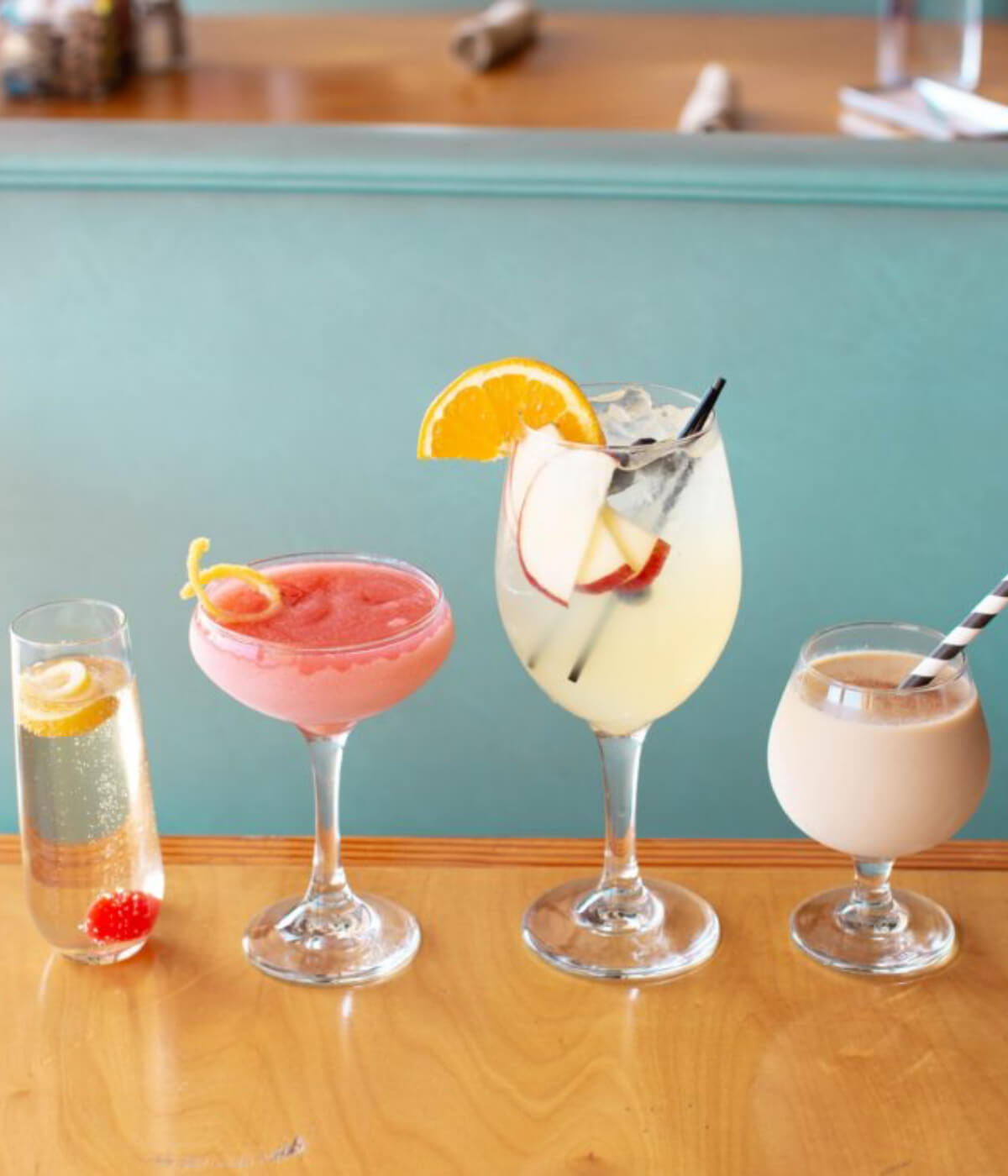 6 Cocktail Recipes to Enjoy on Sunny Days