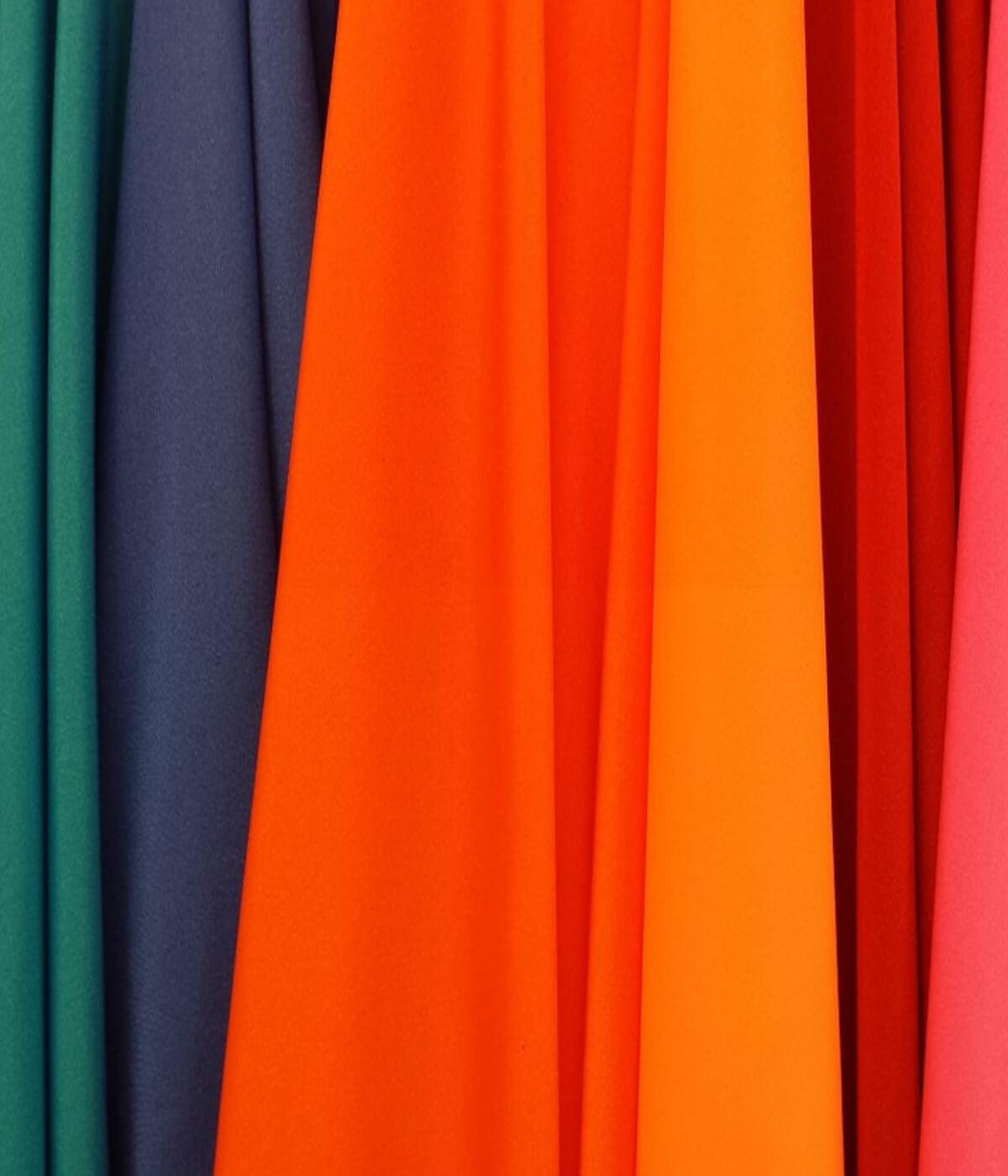 Nos couleurs et motifs favoris du printemps