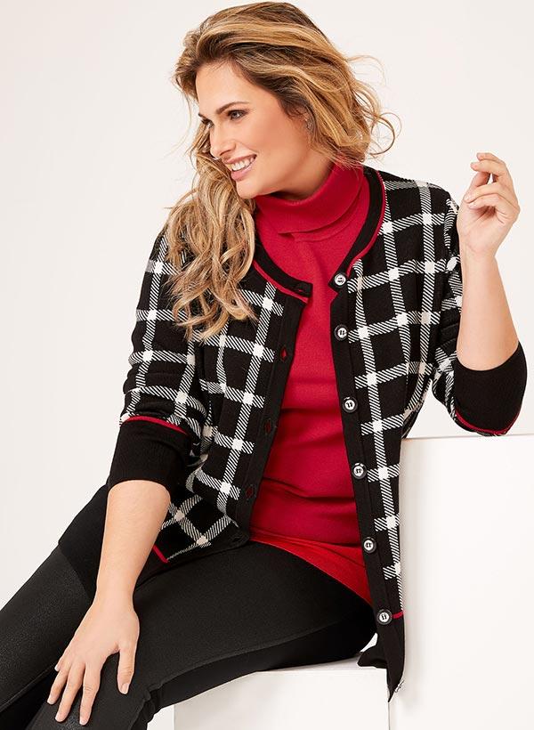 Cardigan carreauté en tricot contrastant
