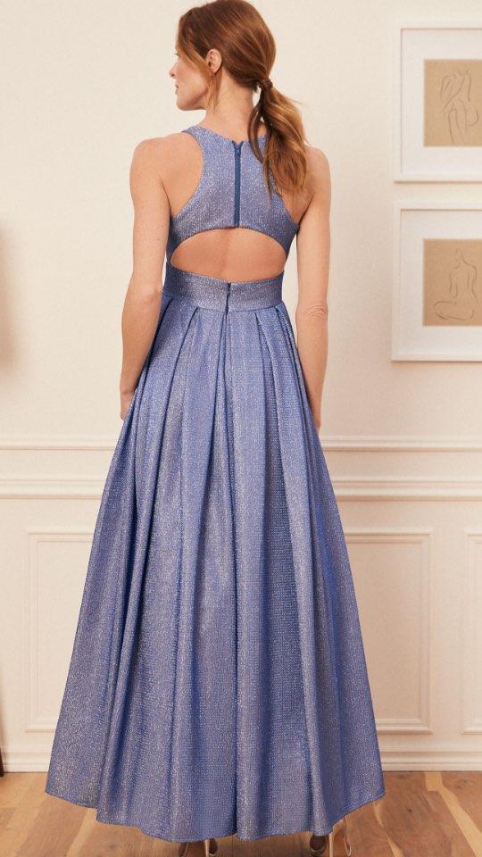 Robe métallisée aspect gaufré et jupe plissée